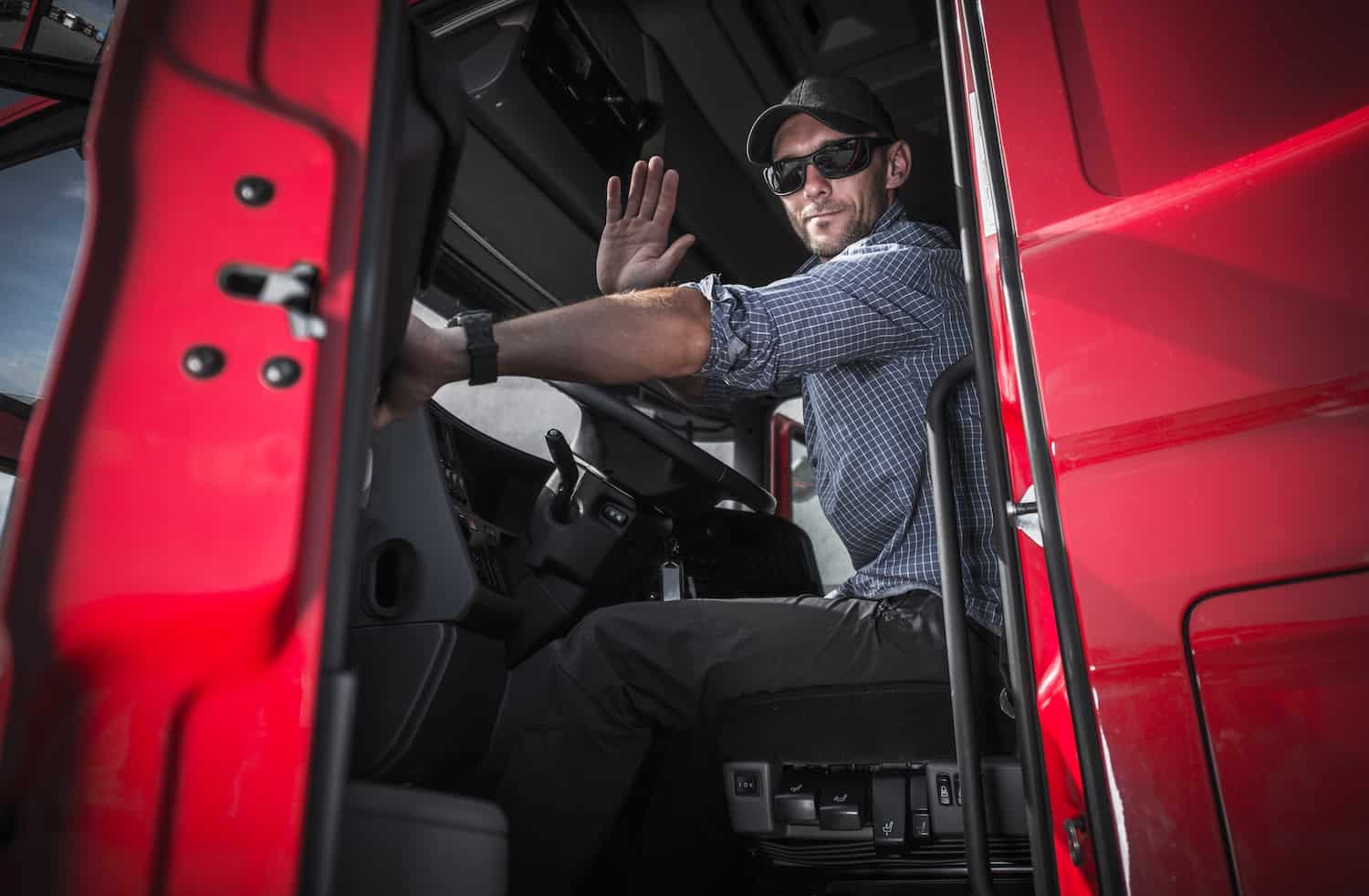 The Differences between Owner Operators and Company Drivers